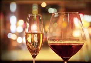お値打ち価格のスペシャルなシャンパンやワインもご用意