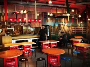 昭和のディープな大衆酒場を現代風にアレンジした「ネオ大衆酒場」