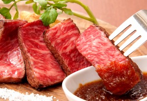 神戸牛特有の脂の甘味と程よい弾力は肉好きを虜に