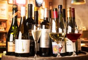 飲み放題だから、気軽に料理とワインのペアリングを楽しめる